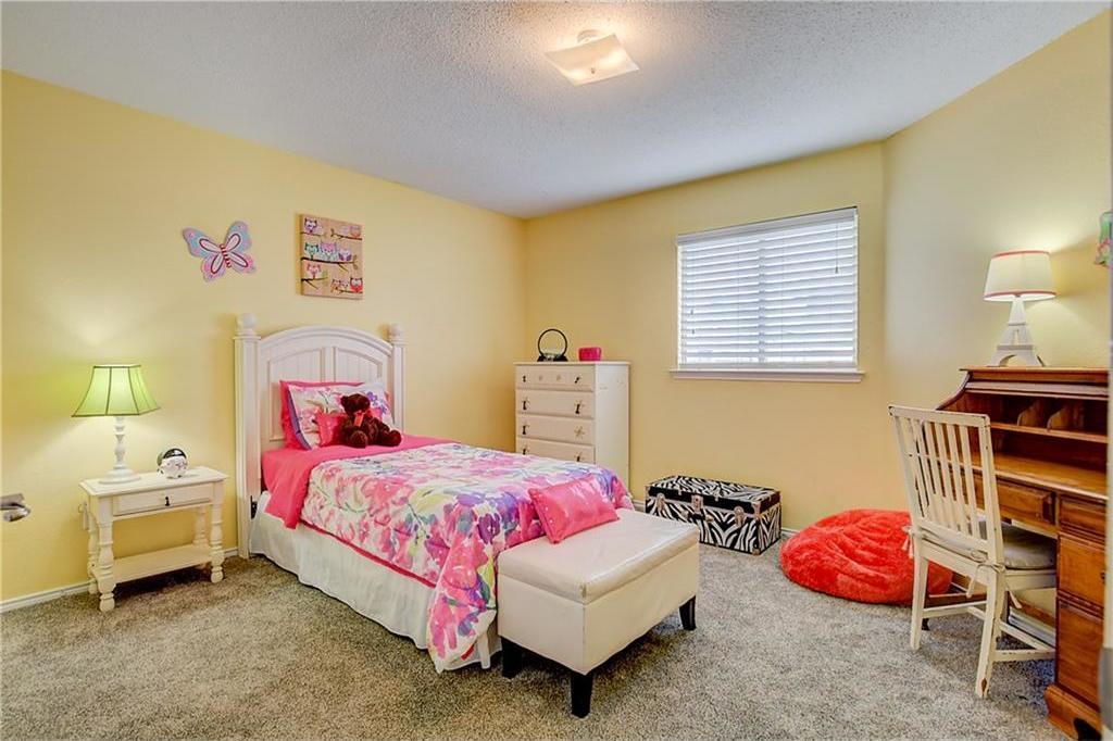 Sold Property | 815 Isla Verde Plaza Dallas, Texas 75211 19