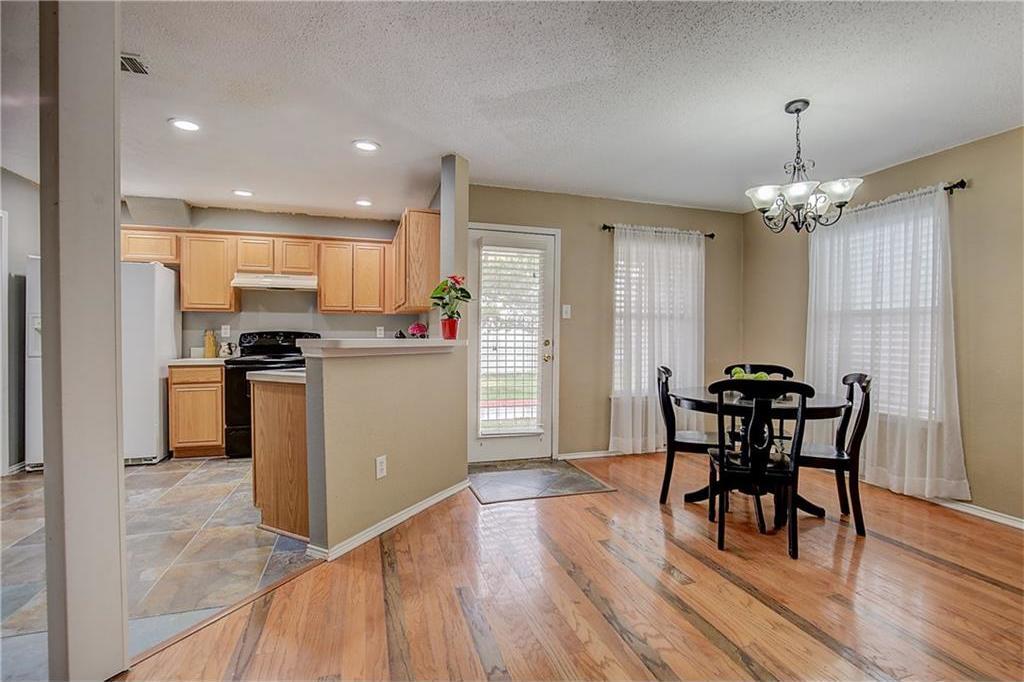 Sold Property | 815 Isla Verde Plaza Dallas, Texas 75211 6