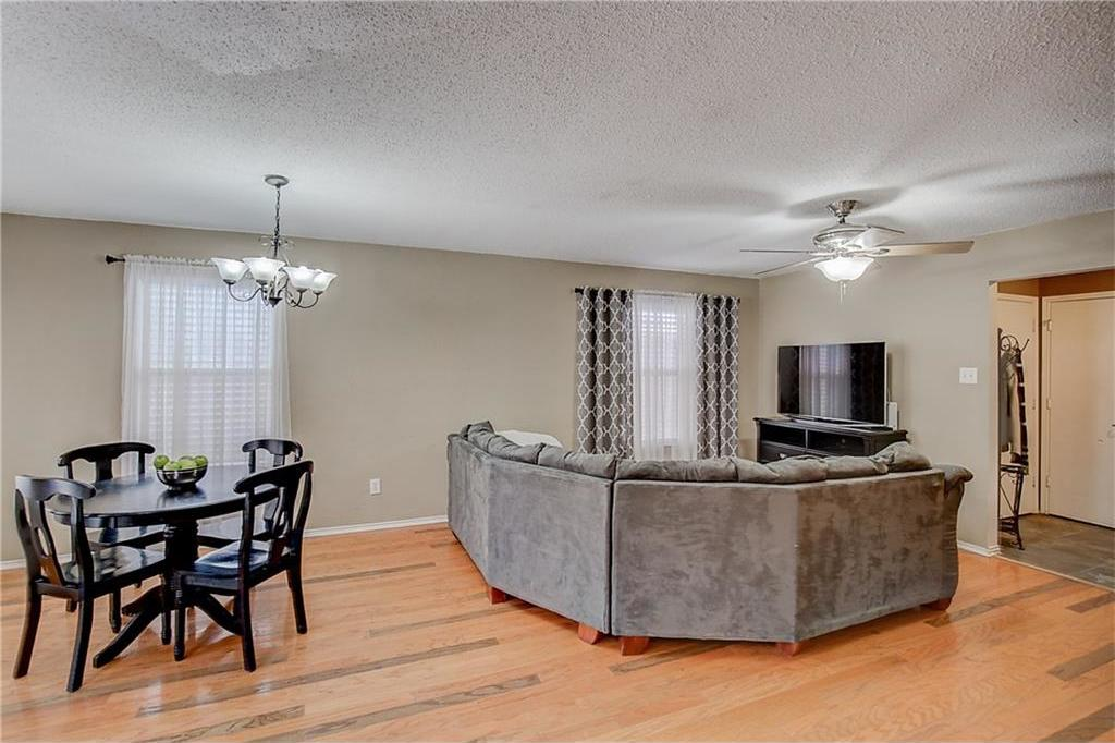 Sold Property | 815 Isla Verde Plaza Dallas, Texas 75211 9