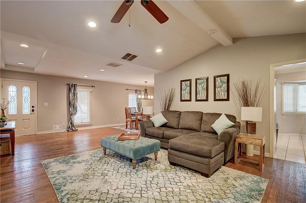Sold Property | 328 Valley Cove Drive Richardson, Texas 75080 5