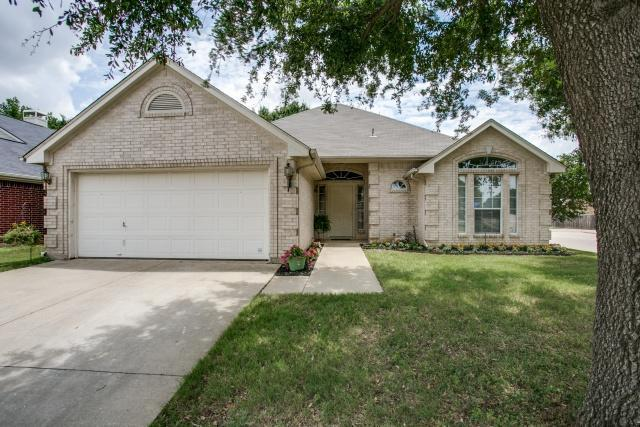 Sold Property | 1317 Allante Court Euless, Texas 76040 3