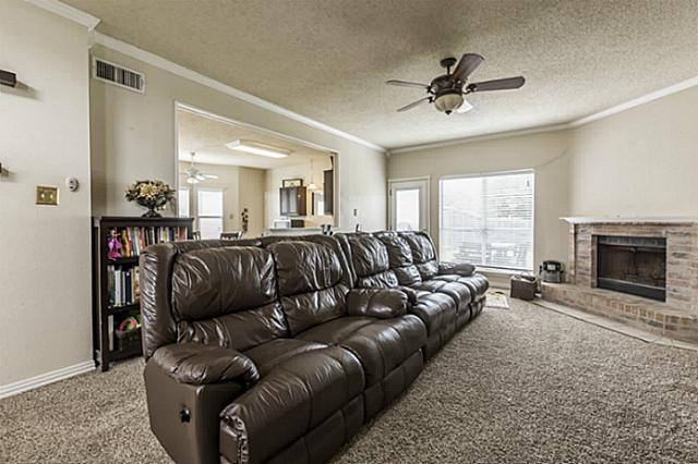 Sold Property | 1004 Lake Bluff Court Flower Mound, Texas 75028 4