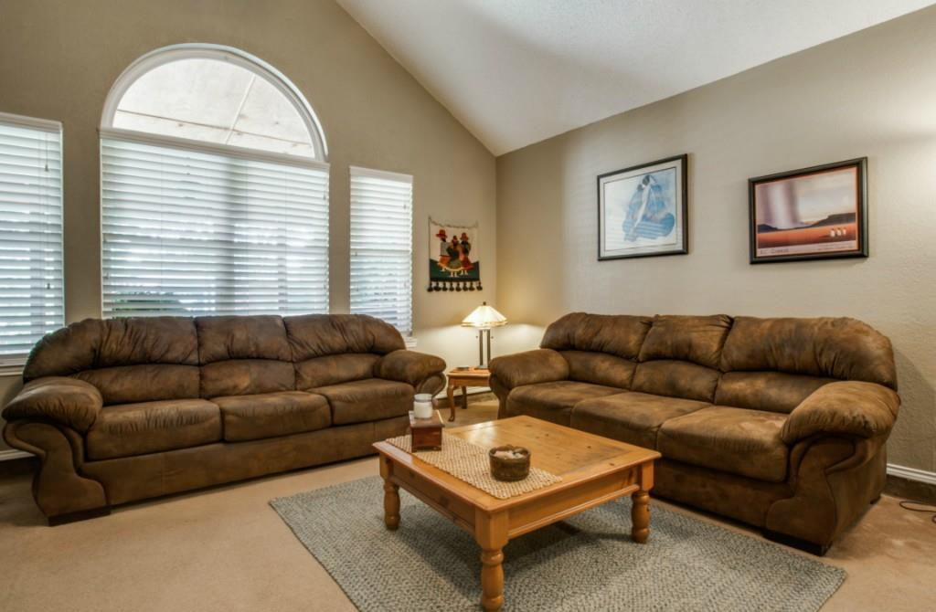 Sold Property   713 Stone Trail Drive Flower Mound, Texas 75028 4