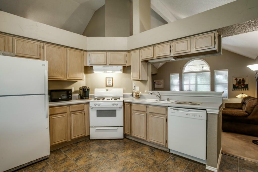 Sold Property   713 Stone Trail Drive Flower Mound, Texas 75028 8