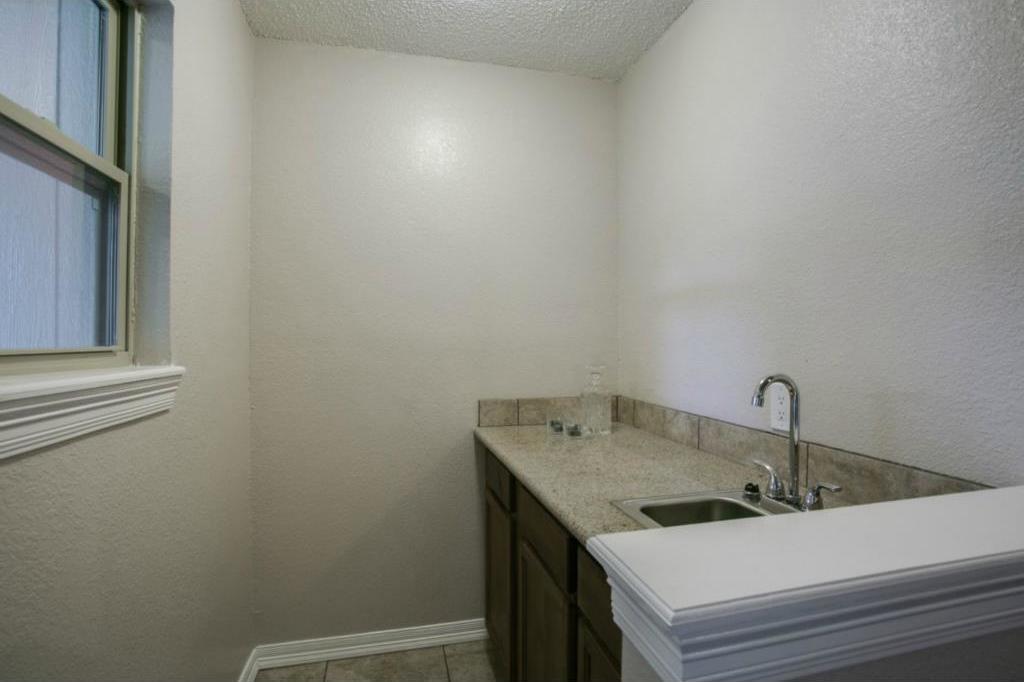 Sold Property   224 Juniper Drive Arlington, Texas 76018 6