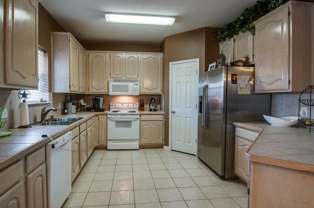 Sold Property | 1305 River Ridge Road Roanoke, Texas 76262 4