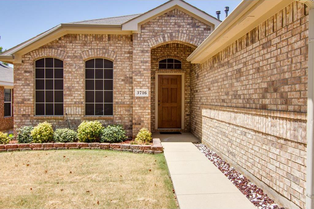 Sold Property | 3716 Chapin Court Fort Worth, Texas 76116 1