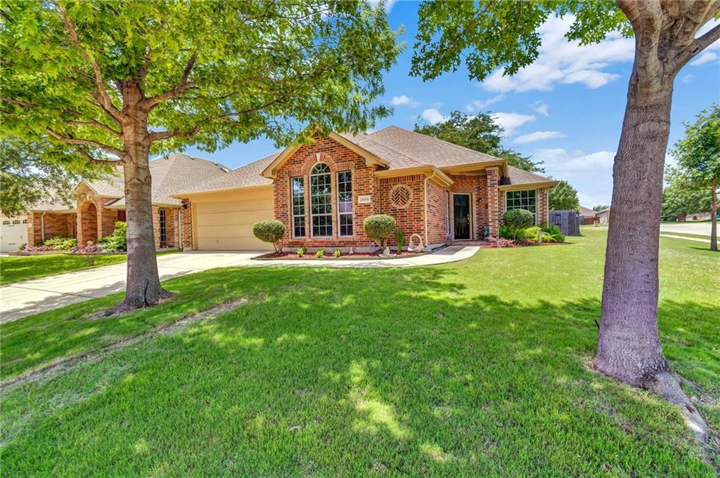 Sold Property | 2609 Cherokee Court Mansfield, Texas 76063 3