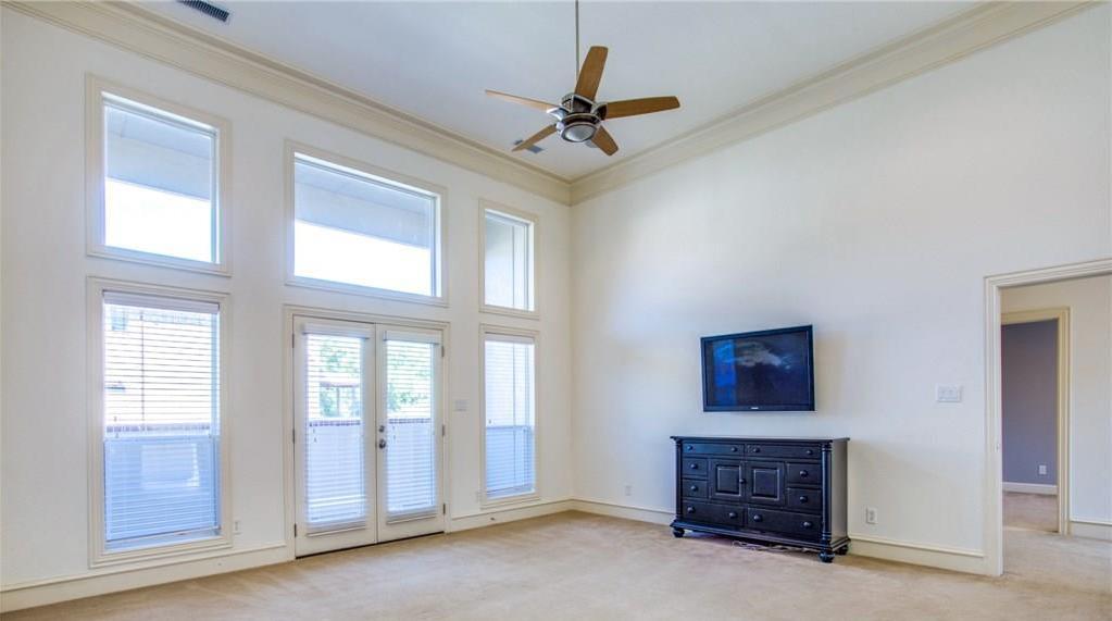 Sold Property | 2627 N Garrett Avenue Dallas, Texas 75206 5