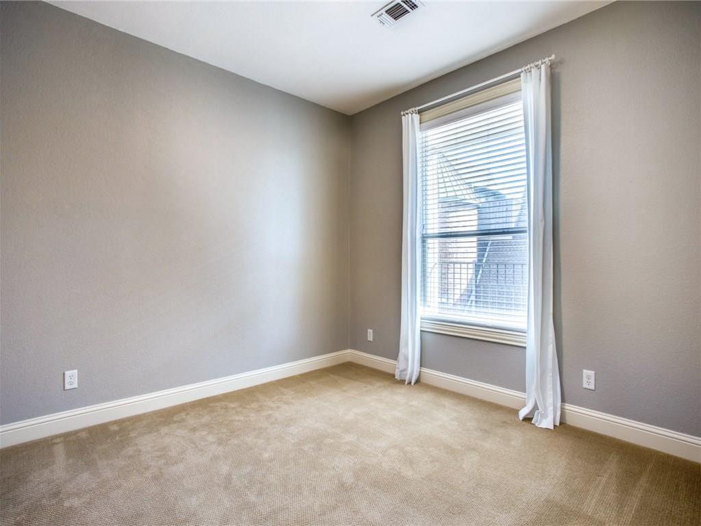 Sold Property | 2627 N Garrett Avenue Dallas, Texas 75206 9