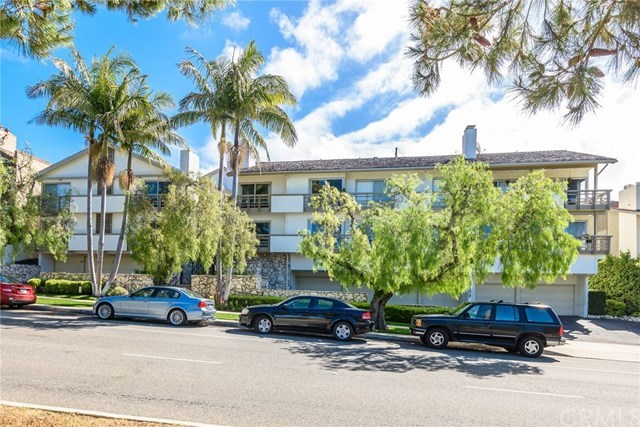 Active | 2400 Palos Verdes Drive Palos Verdes Estates, CA 90274 32