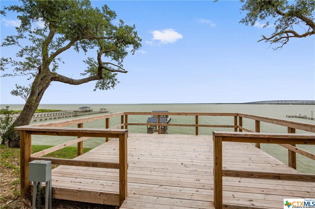 vrbo, waterfront, bay front, acreage, dock, boat, fishing, boat doc | 5971 Loop 1781  Rockport, TX 78382 4