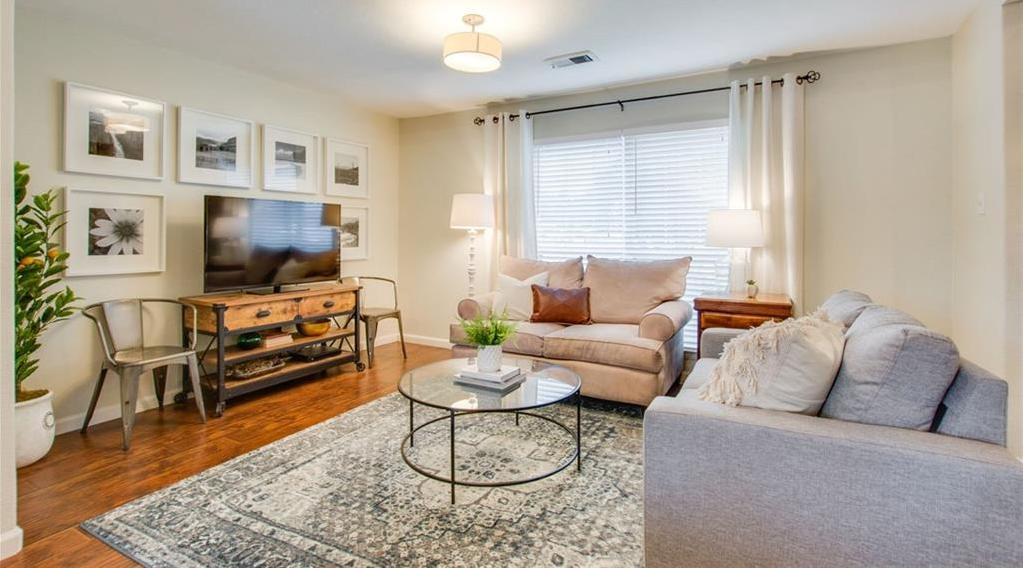 Sold Property | 445 Lowell Lane Richardson, Texas 75080 3
