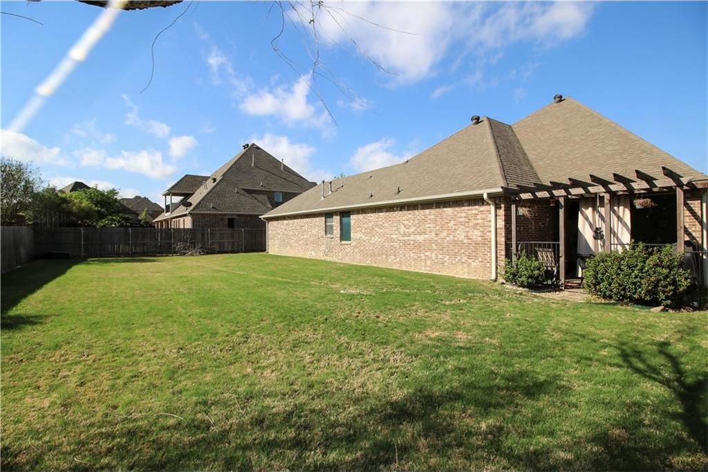 Sold Property   7908 Forest Lakes Court North Richland Hills, Texas 76182 34