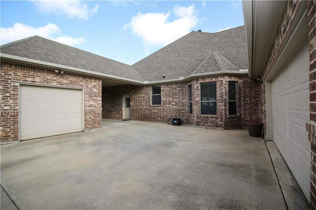 Sold Property   7908 Forest Lakes Court North Richland Hills, Texas 76182 4