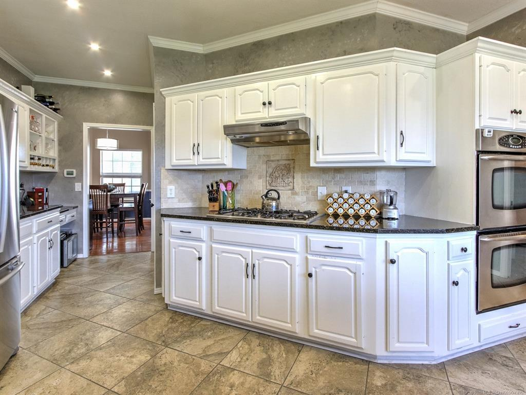 Off Market | 9718 S 99th East Avenue Tulsa, OK 74133 11
