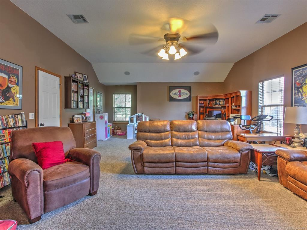 Off Market | 9718 S 99th East Avenue Tulsa, OK 74133 21