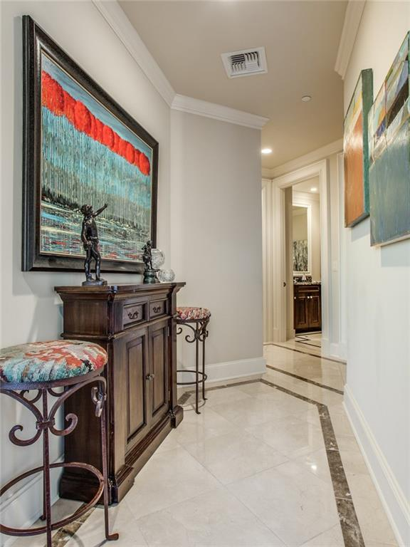 Sold Property | 2555 N Pearl Street #804 Dallas, Texas 75201 2