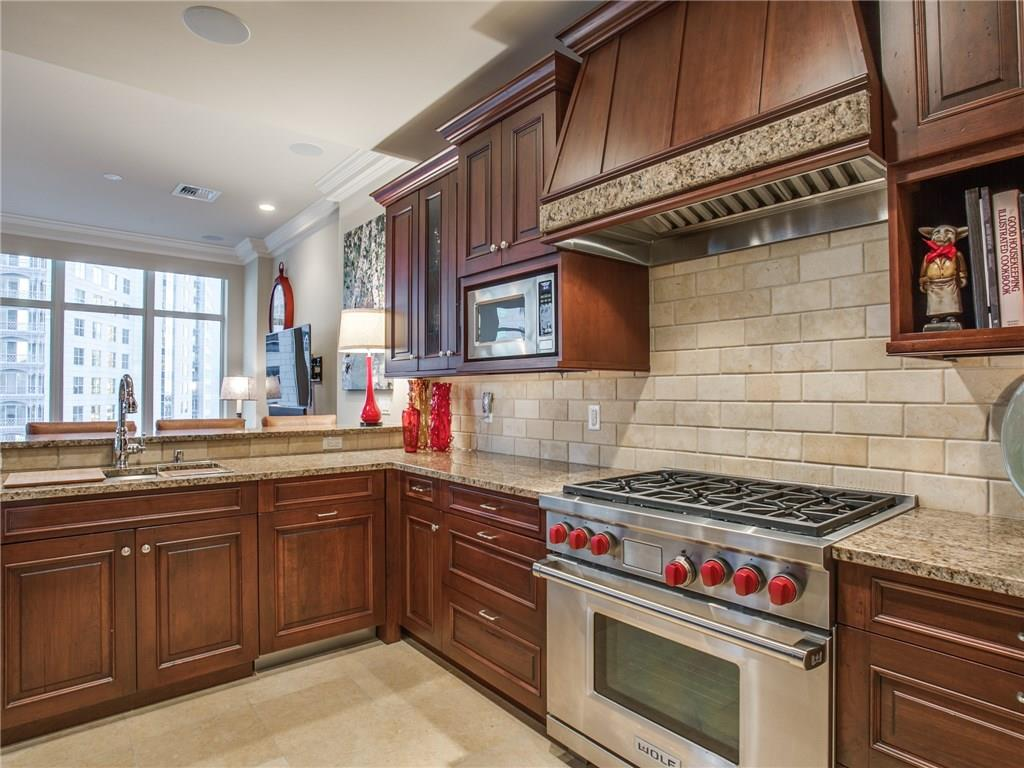 Sold Property | 2555 N Pearl Street #804 Dallas, Texas 75201 4