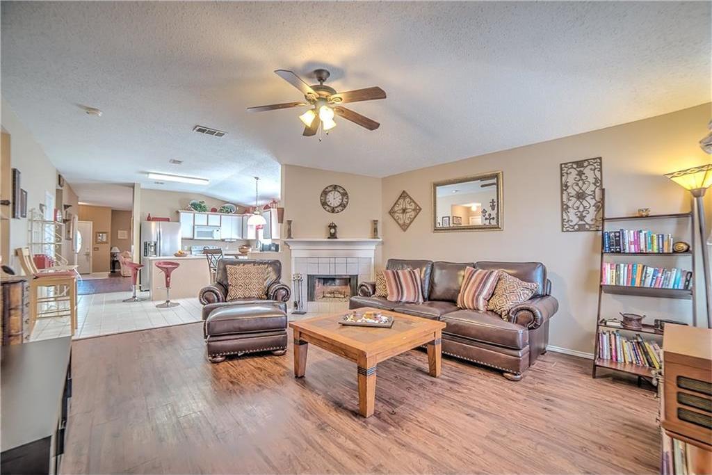 Sold Property | 7028 Glenshire Drive Arlington, Texas 76002 11