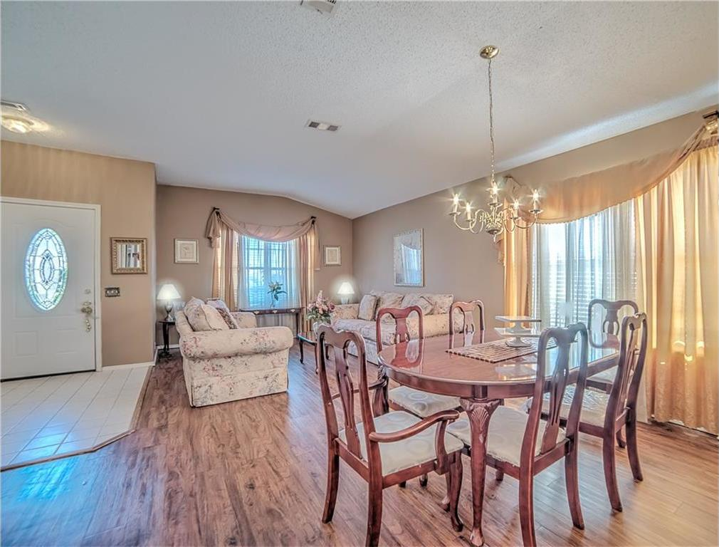Sold Property | 7028 Glenshire Drive Arlington, Texas 76002 3