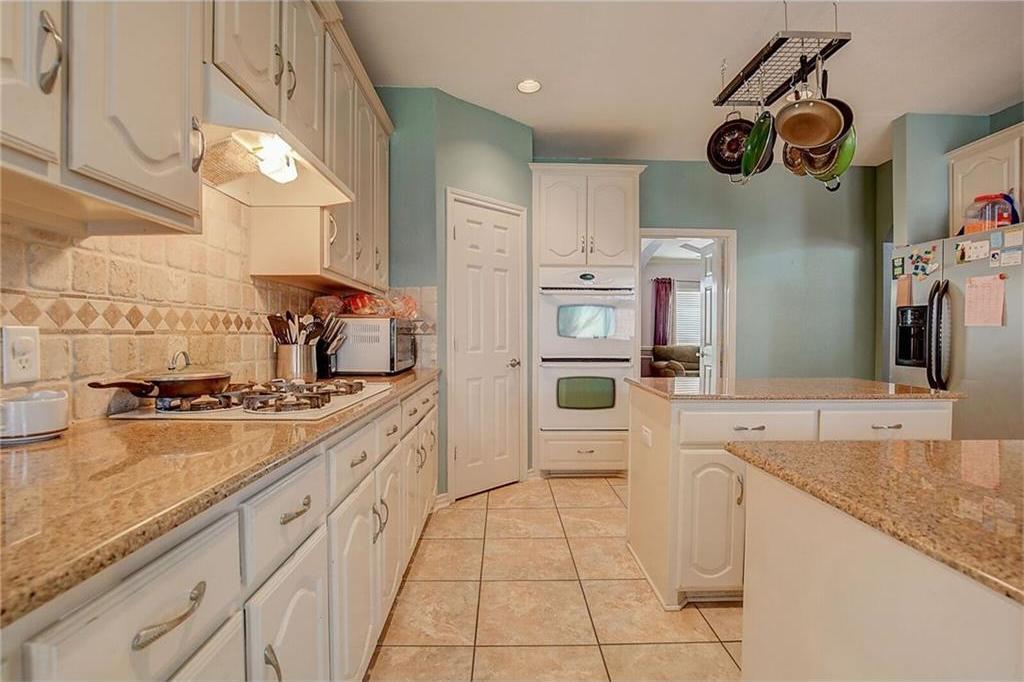 Sold Property | 2136 Lindblad Court Arlington, Texas 76013 8