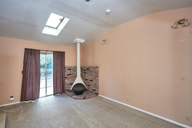 Closed   5370 Basel Drive Wrightwood, CA 92397 2