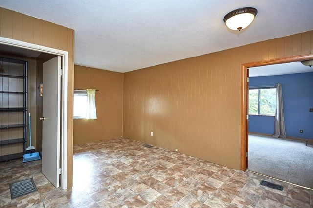 Closed   5370 Basel Drive Wrightwood, CA 92397 18