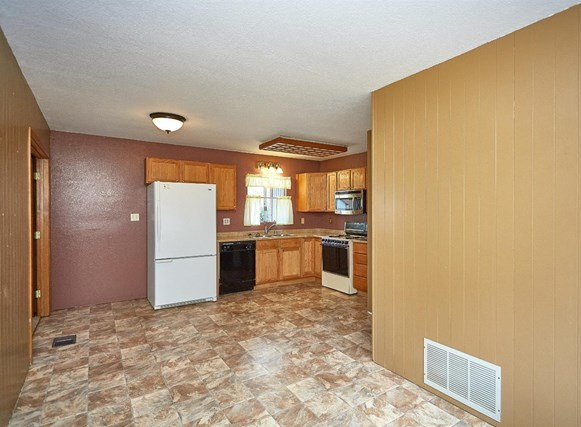 Closed   5370 Basel Drive Wrightwood, CA 92397 19