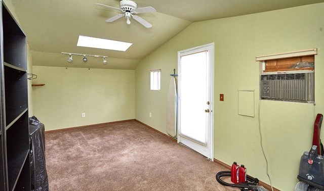 Closed   5370 Basel Drive Wrightwood, CA 92397 33