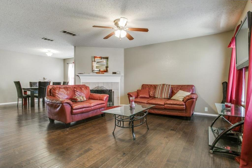 Sold Property | 815 Sage Meadow Drive Glenn Heights, Texas 75154 2