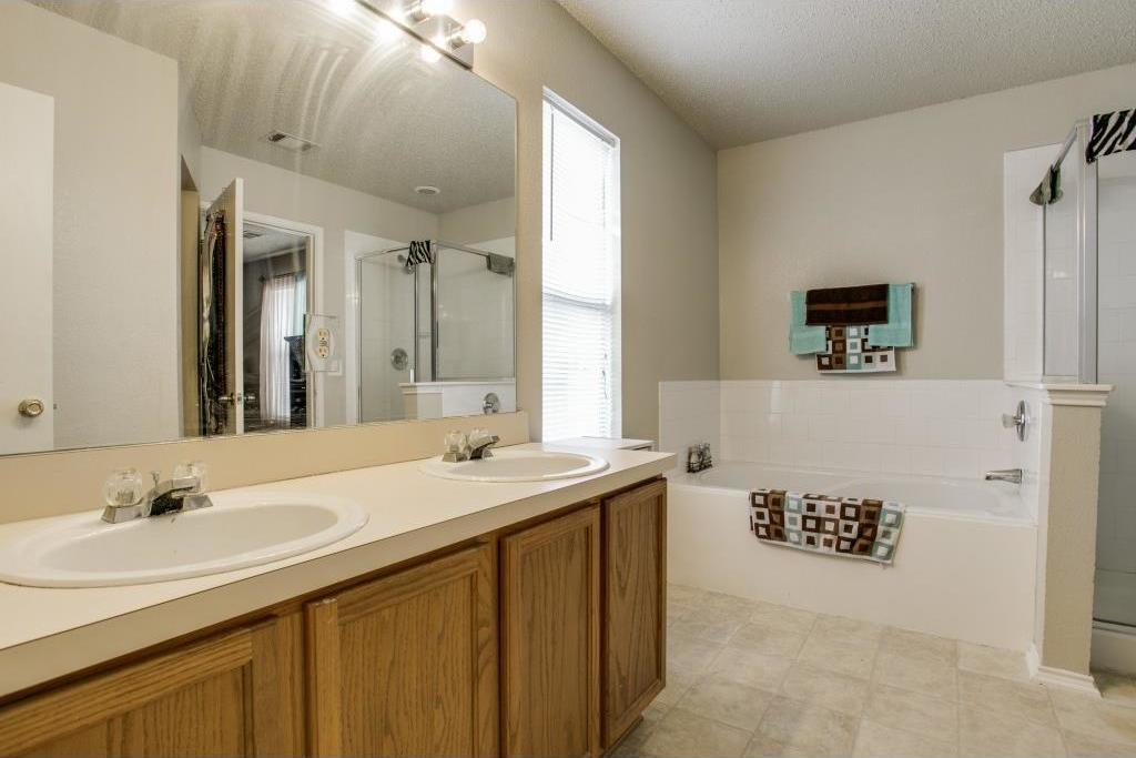 Sold Property | 815 Sage Meadow Drive Glenn Heights, Texas 75154 8