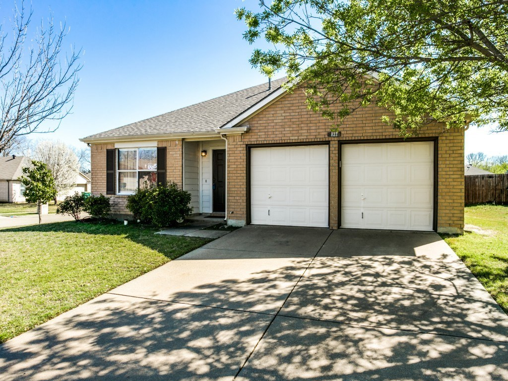 Sold Property | 822 Sage Meadow Drive Glenn Heights, Texas 75154 2