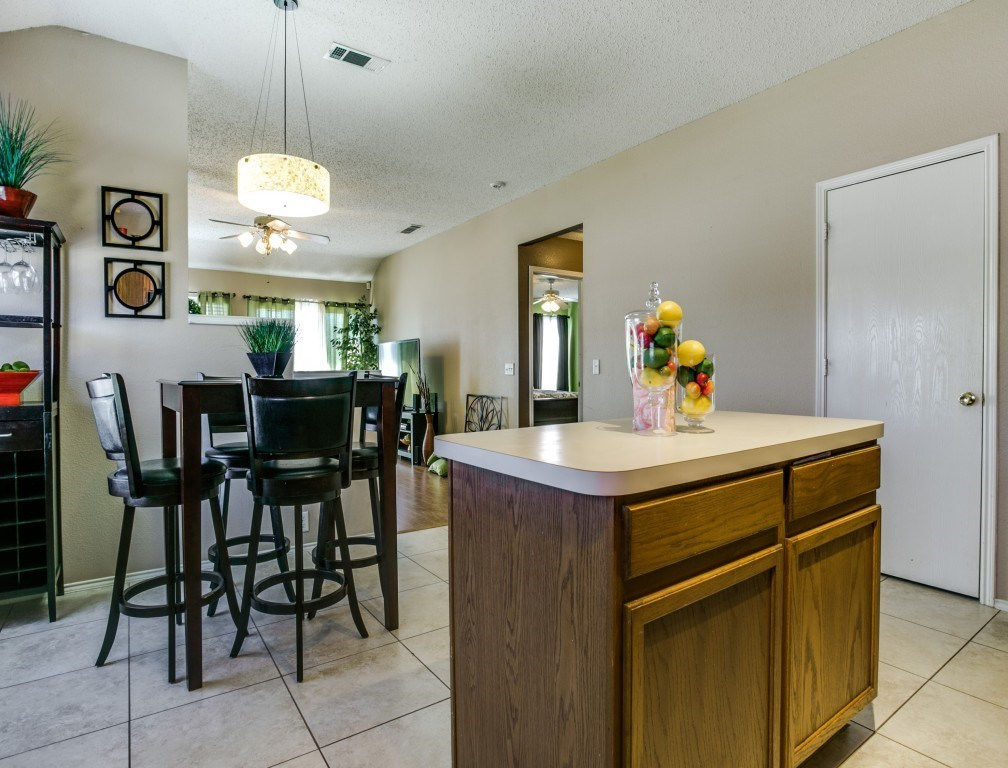 Sold Property | 822 Sage Meadow Drive Glenn Heights, Texas 75154 10