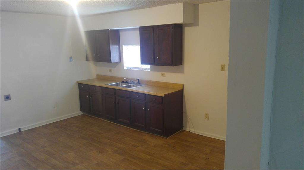 Sold Property | 1726 Mentor Avenue Dallas, Texas 75216 3