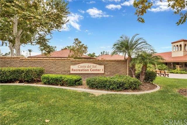 Closed | 23542 Via Benavente  Mission Viejo, CA 92692 23