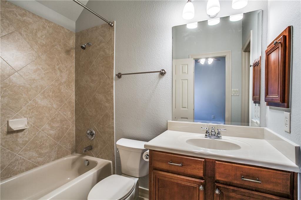 Sold Property | 6136 Winton Street Dallas, Texas 75214 28