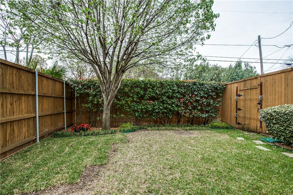 Sold Property | 6136 Winton Street Dallas, Texas 75214 32