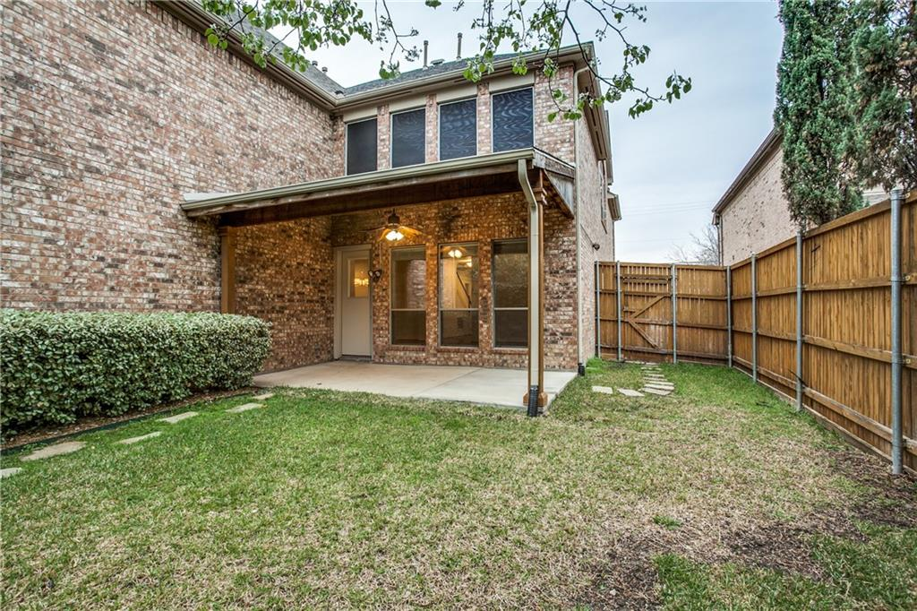 Sold Property | 6136 Winton Street Dallas, Texas 75214 33