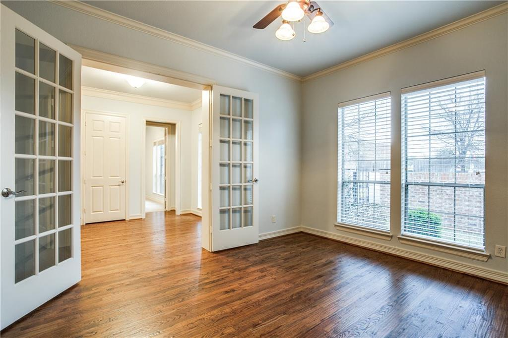 Sold Property | 6136 Winton Street Dallas, Texas 75214 3