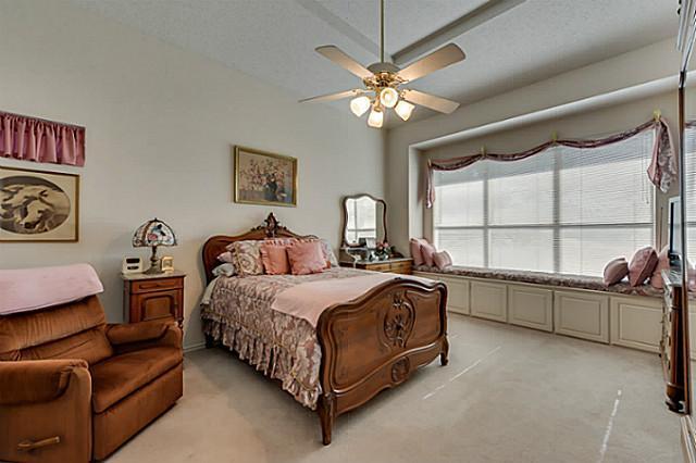 Sold Property | 4621 Cherokee Path Carrollton, Texas 75010 3