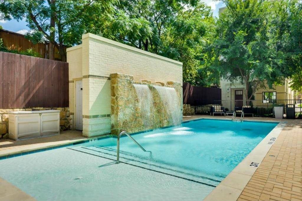 Sold Property | 3210 Carlisle Street #65 Dallas, Texas 75204 5