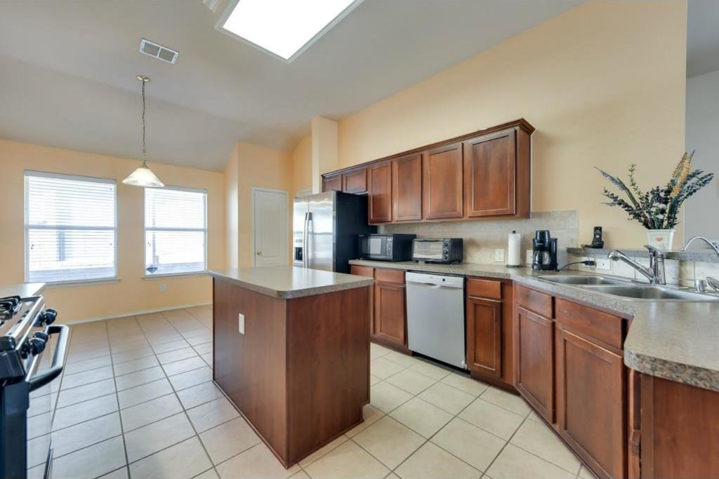Sold Property | 1578 Hansberry Drive Allen, Texas 75002 2