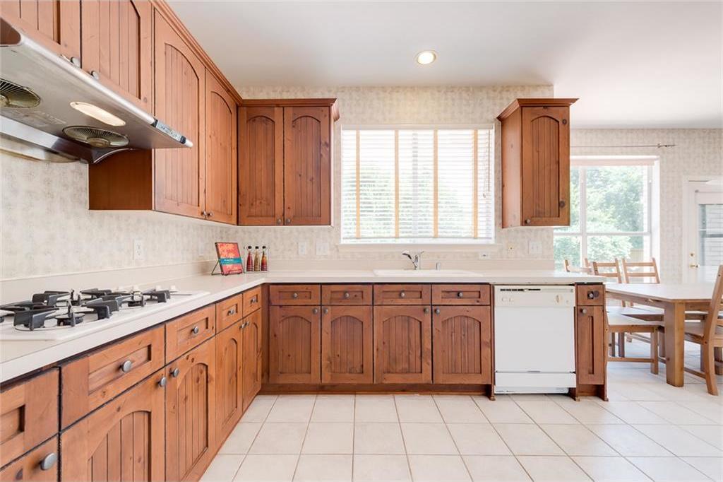 Sold Property | 9216 Longview Drive Plano, TX 75025 2