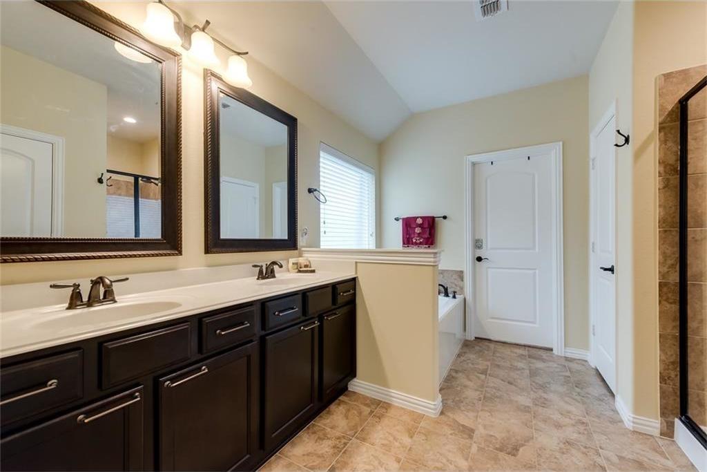 Sold Property | 6809 Lighthouse Lane McKinney, Texas 75071 4