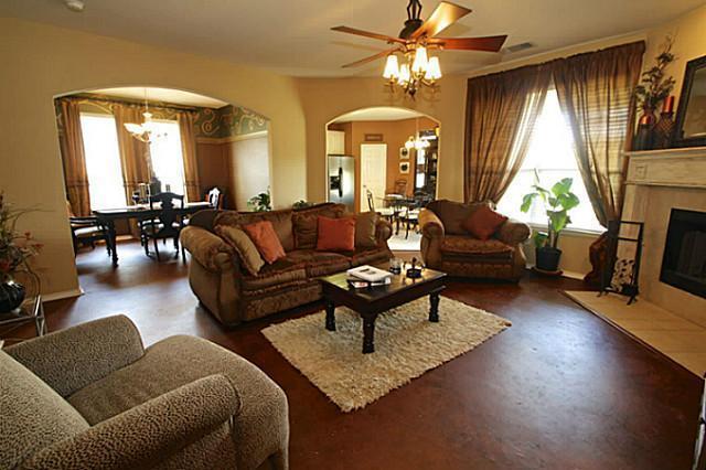 Sold Property | 5523 Paladium Drive Dallas, Texas 75249 2