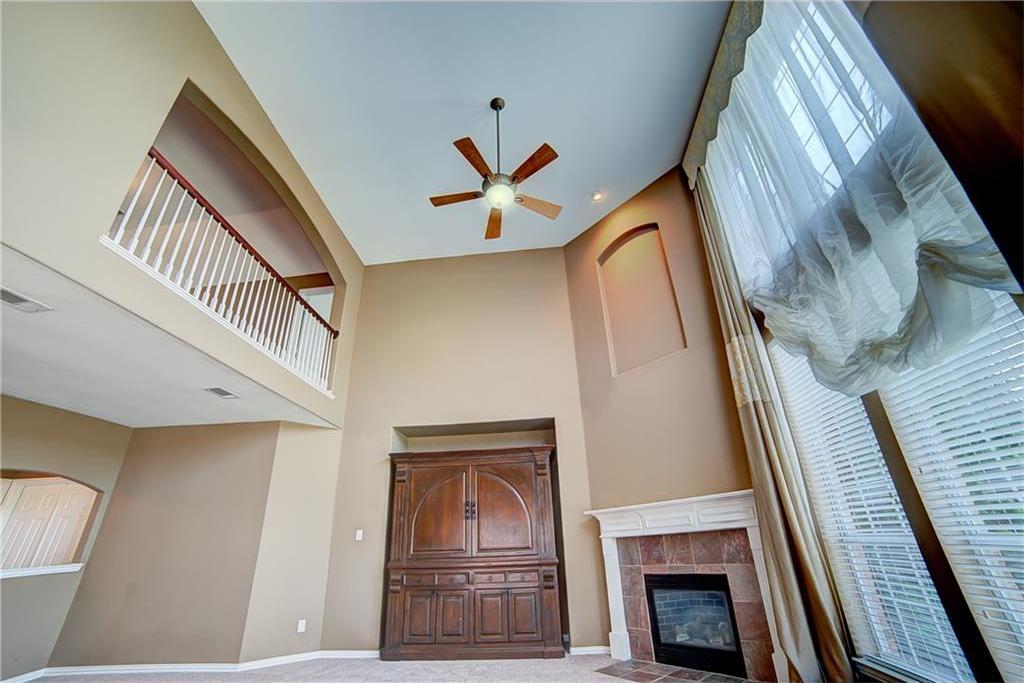 Sold Property | 5549 Hidden Creek Lane Frisco, Texas 75034 3