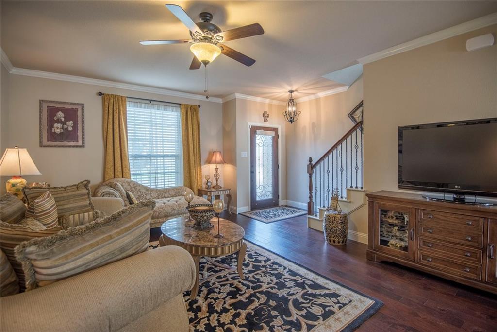 Sold Property | 5056 Italia Lane Grand Prairie, Texas 75052 9