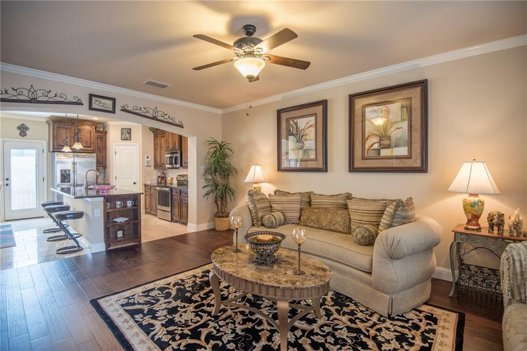 Sold Property | 5056 Italia Lane Grand Prairie, Texas 75052 5