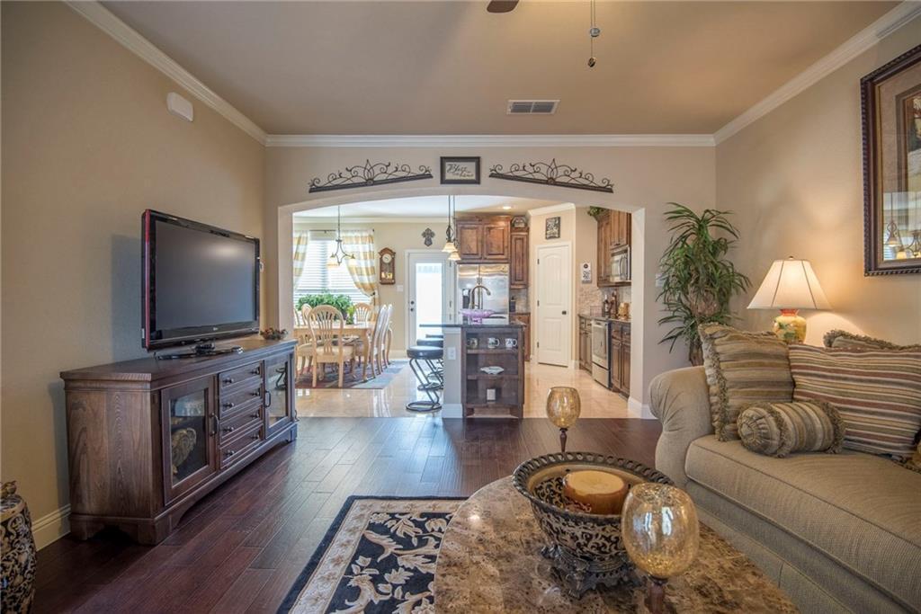 Sold Property | 5056 Italia Lane Grand Prairie, Texas 75052 7